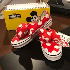 "Vans Disney "" Minnie Mouse  "" sneakers 5.5"